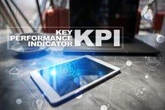 Kpi Indicatore di efficacia chiave Concetto di tecnologia e di affari fotografia stock libera da diritti