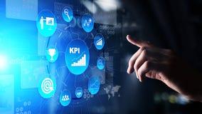 KPI - Kluczowego występu wskaźnik Biznesowa i przemysłowa analiza Interneta i technologii pojęcie na wirtualnym ekranie fotografia royalty free