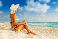 Kräm för den bästa solbrännan Fotografering för Bildbyråer