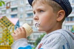 kräm- is för pojke Royaltyfria Foton