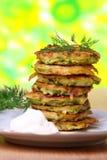kräm fritters den sura zucchinien Royaltyfria Bilder