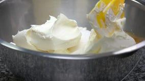 Kräm- ingrediens för smör arkivfilmer