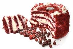 Kräm- kaka med bäret Royaltyfri Bild