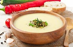 Kräm- soppa för zucchini Royaltyfria Bilder