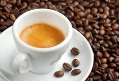 Krämig kopp kaffe Arkivfoton