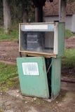Kräne der Benzinstation mit Typen des Benzins Stockfotos