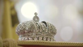 Królewiątka ` s korony zakończenie Up zdjęcie wideo