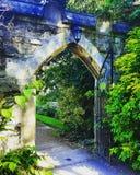 Królewiątka ` s szkoły wyższa brama, Cambridge, UK Zdjęcie Royalty Free