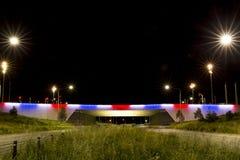 Królewiątko alei most w błękicie, bielu i czerwieni, zdjęcie stock