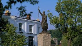KRÓLEWIĄTKO ALFRED WIELKA statua WINCHESTER, HAMPSHIRE, ANGLIA zdjęcia stock