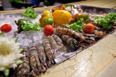 królewiątko krewetka przygotowywająca dla grilla Fotografia Stock