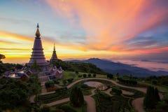 Królewiątka i królowej dwoista pagoda na górze Inthanon góry Obraz Royalty Free