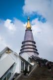 Królewiątka i królowej pagoda z Chmurnym Zdjęcia Stock