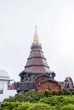 Królewiątka i królowej pagoda z Chmurnym Fotografia Royalty Free