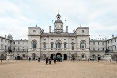 Królewscy Końscy strażnicy paradują przy admiralicja domem w Londyn Obrazy Stock