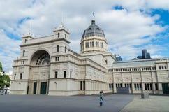 Królewscy Powystawowi budynki w Melbourne, Australia obrazy royalty free