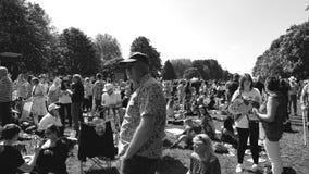 Królewska Ślubna atmosfera w Windsor - czarny i biały, zbiory wideo