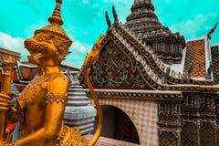 Królewska świątynia Szmaragdowy Buddha wizerunek Bangkok, Tajlandia - HD - Uroczysty pałac - Zdjęcia Royalty Free