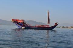 Królewska barka na Jeziornym Pichola Obrazy Royalty Free