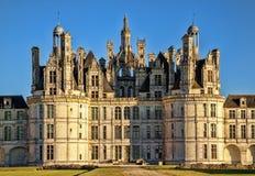 Królewska Górska chata De Chambord przy zmierzchem, Francja obrazy stock