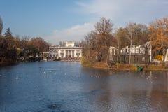 Królewski Å  azienki, widok pałac na wodzie Fotografia Stock