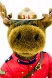 Królewski kanadyjczyk Wspinająca się Milicyjna łoś amerykański miękkiej części zabawka zdjęcie royalty free