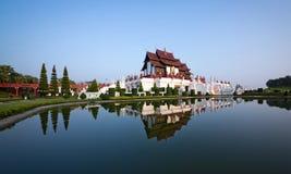 Królewski pawilon Kham Luang w Królewskim parku Ho zdjęcia stock
