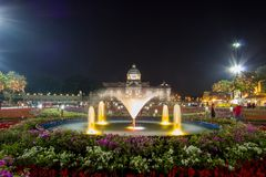 Królewski zima festiwal, ` Oon Ai Rak Klay Kwam Nao `, Królewski plac, Dusit pałac i Sanam Suea Pa, Bangkok, Tajlandia na Februar Fotografia Royalty Free