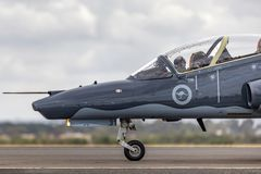 Królewskiego australijczyka siły powietrzne RAAF BAE jastrzębia 127 prowadzenie w myśliwskim trenera samolocie A27-31 zdjęcie royalty free