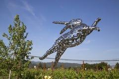 Królika Foo Foo rzeźba przy Hall wytwórnią win w Napy dolinie obraz royalty free