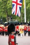 Królowa żołnierz przy królowej Urodzinową paradą Fotografia Royalty Free