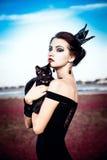 Królowa i kot Zdjęcia Royalty Free