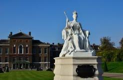 Królowej Wiktoria statua Kensington Obraz Stock