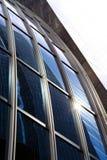 krökt exponeringsglas Arkivfoto