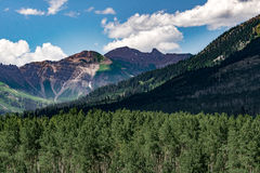 Krönat landskap för buttecolorado berg Royaltyfri Foto
