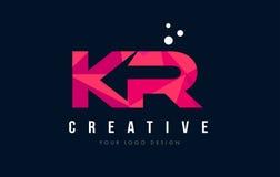 KR K R与紫色低多桃红色三角概念的信件商标 免版税库存图片