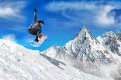 Krańcowy jazda na snowboardzie mężczyzna Obrazy Royalty Free