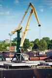 Kraan in een zeehaven Royalty-vrije Stock Foto's