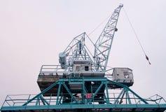 Kraan in een zeehaven Stock Foto's