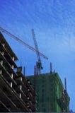 Kraan en de bouw Royalty-vrije Stock Foto's