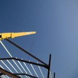 Kraan over bouwterrein Stock Fotografie