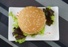 Krabba och Alga Burger Arkivfoto