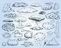 Krabbelinzameling van Hand Getrokken Vectorwolken vector illustratie
