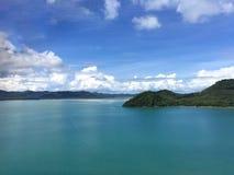 krabi省晃动海运 泰国 在遥远的海岛上的看法 库存照片