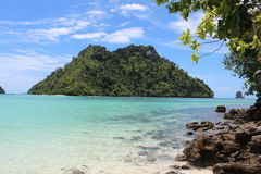 Krabi ö och hav Arkivbilder