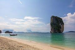 Krabi Ταϊλάνδη νησιών poda παραλιών ουρανού Στοκ εικόνες με δικαίωμα ελεύθερης χρήσης