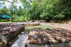 Krabi, Таиланд - 10-ое октября 2016: горячие источники складывают вместе на горячем spri Стоковое фото RF
