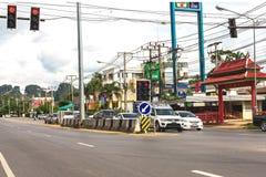 krabi Таиланд Улицы пригорода, автомобилей и зданий Стоковое Изображение RF