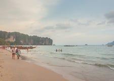 Krabi Таиланд - Krabi 20: Вид на море пляжа в Krabi Таиланде 20/0 Стоковые Изображения RF