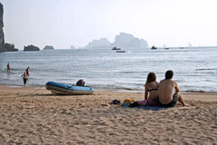 Krabi couple ao nang beach thailand Stock Photo